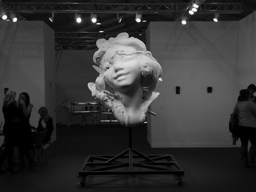A Distant View of the Frieze Art Fair, Larry Gagosian on the Trouble With India, and More Art News